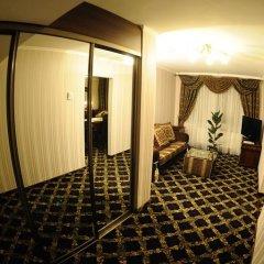 Mir Hotel In Rovno 3* Люкс с различными типами кроватей фото 8