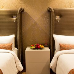 Victoria Crown Plaza Hotel 4* Стандартный номер фото 4