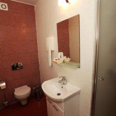 Гостиница Delight 3* Улучшенный номер с разными типами кроватей фото 13
