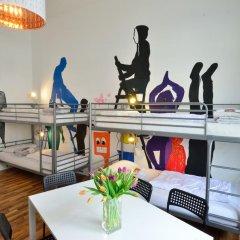 Kiez Hostel Berlin Кровать в женском общем номере с двухъярусной кроватью фото 2