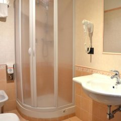 Hotel Mia Cara 3* Номер категории Эконом с различными типами кроватей фото 8
