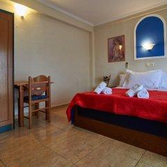 Отель Sakis комната для гостей фото 5