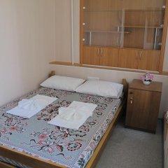 Хостел Уютный комната для гостей фото 3