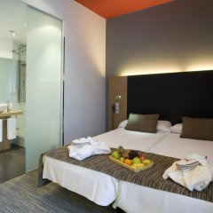Отель Petit Palace Plaza del Carmen 4* Стандартный номер с различными типами кроватей фото 10