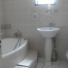 Отель Zanville Bed And Breakfast Габороне ванная