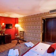 Ayasultan Hotel 3* Стандартный семейный номер с двуспальной кроватью фото 3