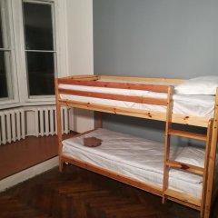 Отель The Penny Outpost Кровать в общем номере с двухъярусными кроватями фото 7