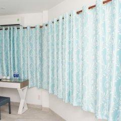 Отель LeBlanc Saigon 2* Номер Премьер с двуспальной кроватью фото 5