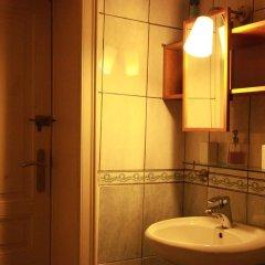 Отель Guest house Heysel Laeken Atomium Бельгия, Брюссель - отзывы, цены и фото номеров - забронировать отель Guest house Heysel Laeken Atomium онлайн ванная