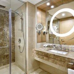 DoubleTree by Hilton Hotel Riyadh - Al Muroj Business Gate ванная фото 2