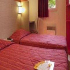 Отель Premiere Classe Nice - Promenade des Anglais Стандартный номер с различными типами кроватей