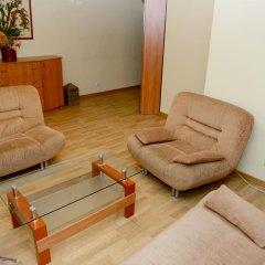 Апартаменты Lviv's Opera House apartment's комната для гостей