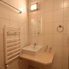 Апартаменты Apartment New Estate Cedar Lodge 4 Банско ванная