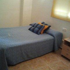 Отель Hostal Arneva Стандартный номер с различными типами кроватей фото 2