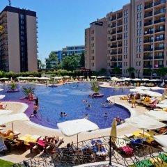 Отель GT Royal Beach Apartments Болгария, Солнечный берег - отзывы, цены и фото номеров - забронировать отель GT Royal Beach Apartments онлайн бассейн фото 3