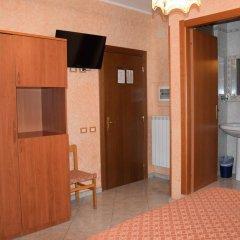 Отель Bruna Италия, Рим - 10 отзывов об отеле, цены и фото номеров - забронировать отель Bruna онлайн удобства в номере