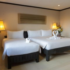 Отель Golden Tulip Essential Pattaya 4* Улучшенный номер с различными типами кроватей фото 39