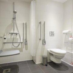 Point A Hotel Glasgow ванная