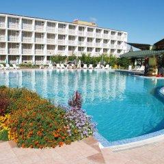 Balaton Hotel Солнечный берег бассейн