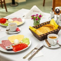 Teteven Hotel питание