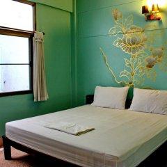 Отель No.7 Guest House 2* Стандартный номер с двуспальной кроватью (общая ванная комната)