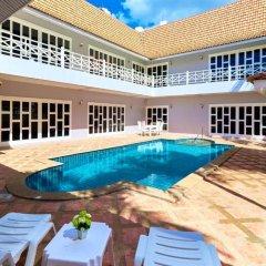 Отель Cozy Beach pool villa by MyPattayaStay бассейн фото 3
