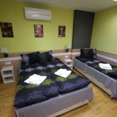 Отель Guest House the House Болгария, Боженци - отзывы, цены и фото номеров - забронировать отель Guest House the House онлайн комната для гостей фото 5