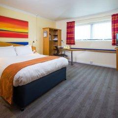 Отель Holiday Inn Express Glasgow City Centre Riverside 3* Стандартный номер с различными типами кроватей
