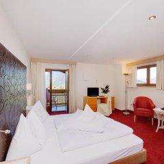 Hotel Tirol Тироло комната для гостей