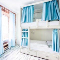 Волхонка хостел Кровать в общем номере с двухъярусными кроватями фото 16