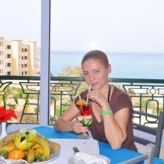 Отель King Tut Aqua Park Beach Resort - All Inclusive 3* Улучшенный номер с различными типами кроватей фото 5