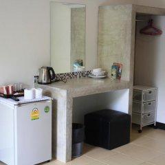 Отель Rawai Beach Studios Номер Делюкс с различными типами кроватей фото 6