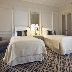 Отель Fairmont Le Montreux Palace 5* Улучшенный номер с различными типами кроватей фото 5