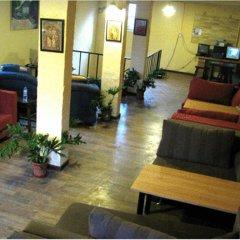 P.Loft Youth Hostel интерьер отеля