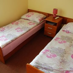 Отель Bluszcz 2* Стандартный номер с 2 отдельными кроватями фото 12