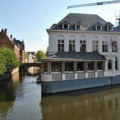 Отель Le Duc De Bourgogne Брюгге приотельная территория фото 2