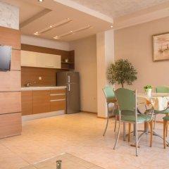 Апартаменты Elite Apartments Солнечный берег в номере фото 2