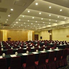 Отель Beijing Exhibition Centre Hotel Китай, Пекин - отзывы, цены и фото номеров - забронировать отель Beijing Exhibition Centre Hotel онлайн с домашними животными