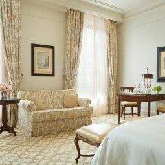 Four Seasons Hotel Firenze 5* Номер Делюкс с двуспальной кроватью фото 3
