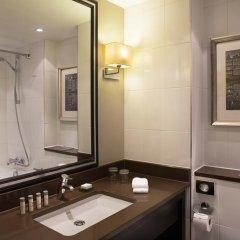 Renaissance Amsterdam Hotel 5* Стандартный номер с различными типами кроватей фото 17