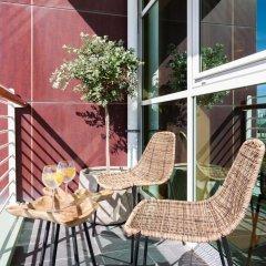 Отель Your Lisbon Home Oriente Португалия, Лиссабон - отзывы, цены и фото номеров - забронировать отель Your Lisbon Home Oriente онлайн балкон