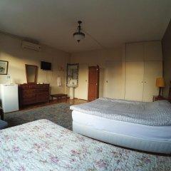 Отель Berk Guesthouse - 'Grandma's House' 3* Стандартный семейный номер с двуспальной кроватью фото 10