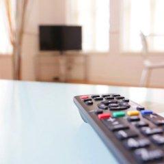 Отель 2-Bedroom West End Apartment Великобритания, Лондон - отзывы, цены и фото номеров - забронировать отель 2-Bedroom West End Apartment онлайн удобства в номере фото 2