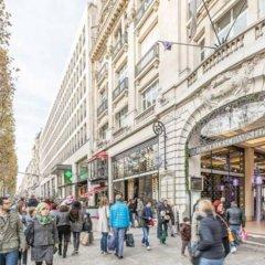 Отель Private Studio Avenue des Champs Elysées Франция, Париж - отзывы, цены и фото номеров - забронировать отель Private Studio Avenue des Champs Elysées онлайн городской автобус