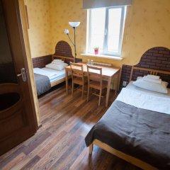 Гостиница Авиатор 3* Стандартный номер с 2 отдельными кроватями фото 4