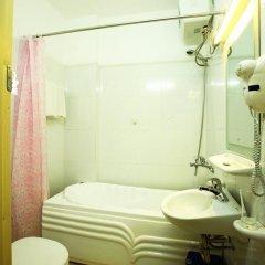 Hanoi Downtown Hotel 2* Стандартный номер с различными типами кроватей фото 3