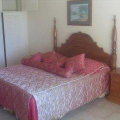 Отель The Crest Conference & Retreat Center 3* Стандартный номер с различными типами кроватей