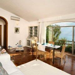Отель Marmorata Residence Равелло комната для гостей фото 4