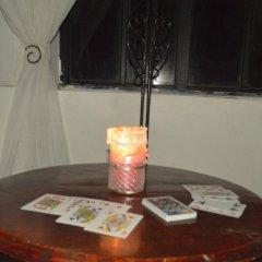 Отель Veyo Cottage в номере