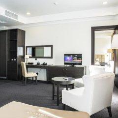 Отель Амбассадор 4* Стандартный семейный номер с двуспальной кроватью фото 6